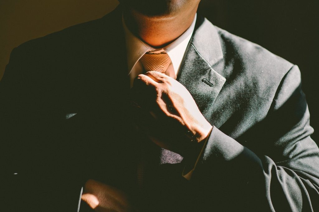 6 Traits of Highly Confident People (and 5 Ways You Can Develop Them)